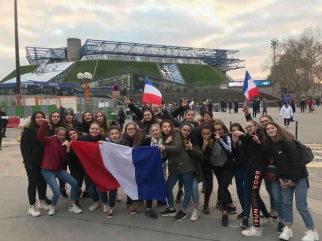 Visuel : Les handballeuses aux Championnats d'Europe à Paris