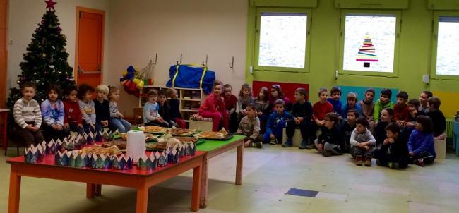 Visuel : Un exemple de travail avec les autres classes ... confectionner la galette des rois avec nos camarades de Petite Section.